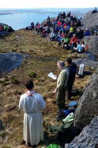 Kristi Himmelfartsdag vert det friluftsgudsteneste på Utslettefjellet. (Arkivfoto)