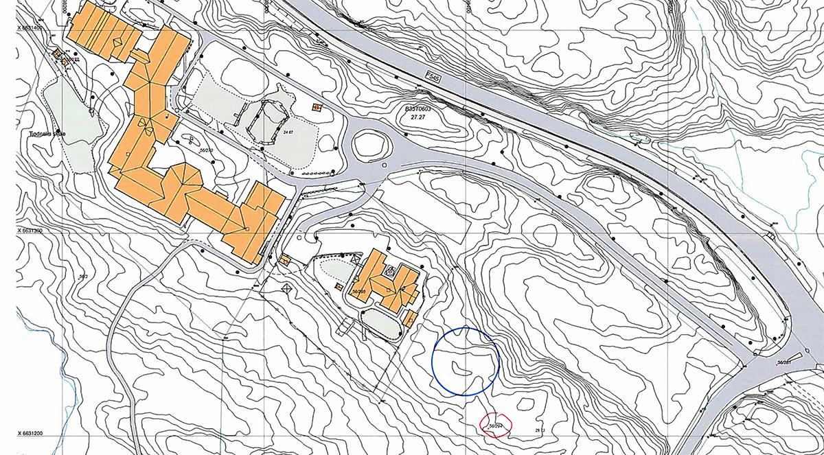 Rundingen markerer mogleg tomt for ny barnehage i Tjødnalio.